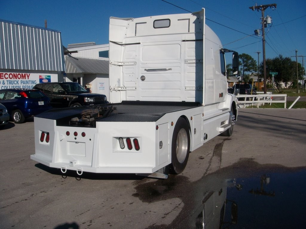 Diy toter beds drom box heavy haulers rv resource guide chris hick chriss 610 diy bed build sciox Image collections